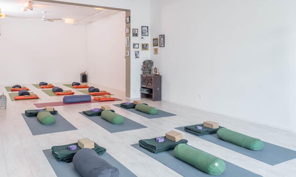 jong-yoga-amstelveen-amsterdam-kinderyoga-tieners